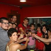 Noches de vino y arte, juego y diversión en las #redes